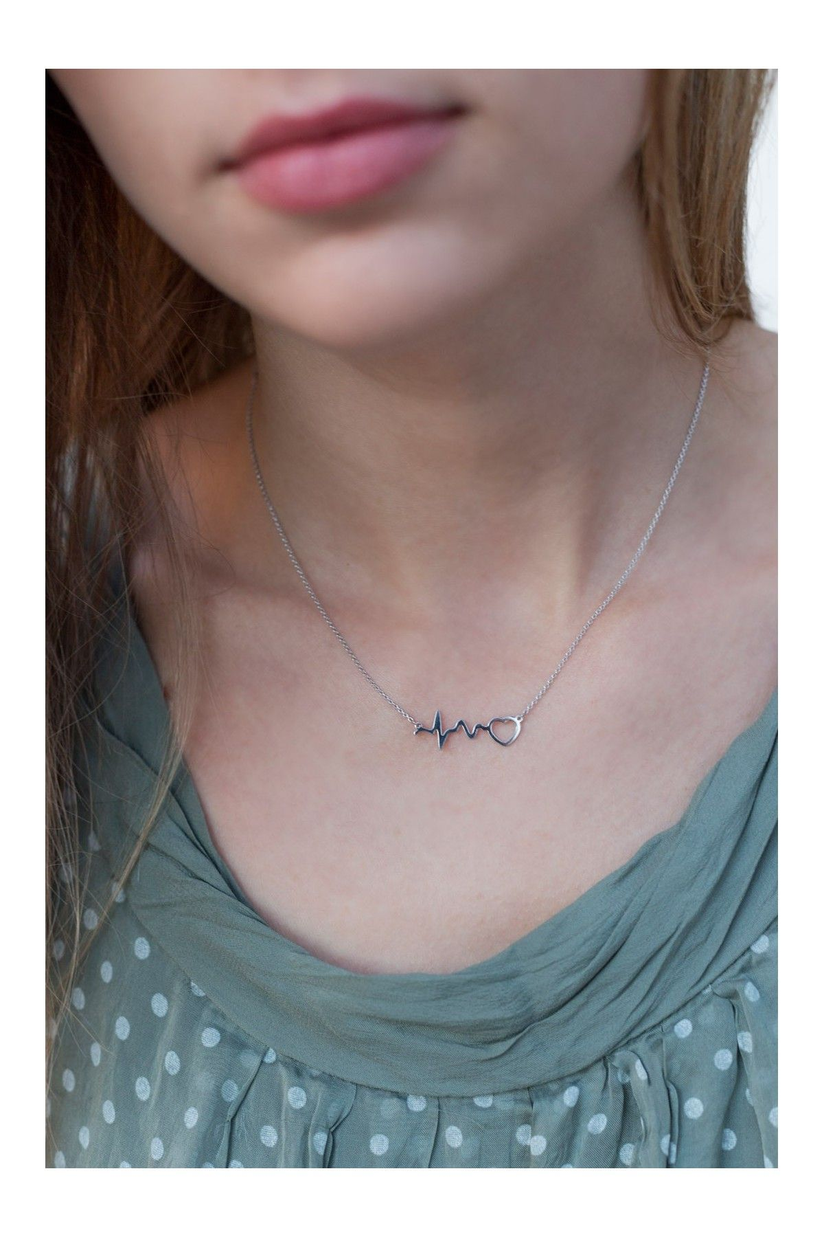 Heartbeat Necklace 01LAW15005