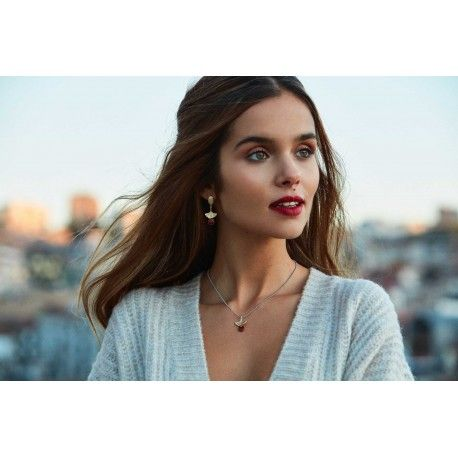 Vikander Necklace